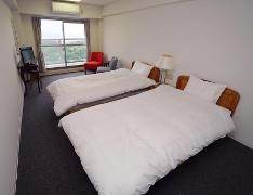 宿泊先の一例:個室ツインルーム(イメージ)