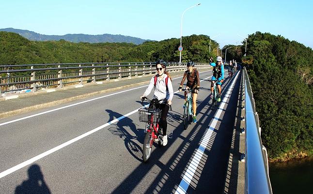 エスコートライダーと行く伊勢・二見&おひなさま祭り 満喫サイクリングツアー